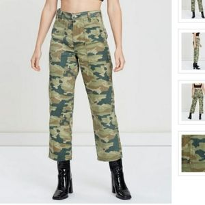 Free People camo pants sz 28